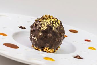 Chocolade hazelnoot praline bol
