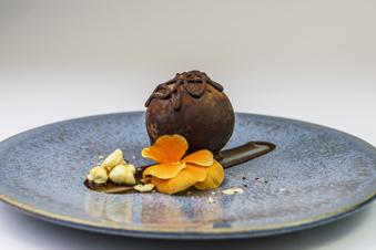 Pure chocolade & gezoute caramel bol